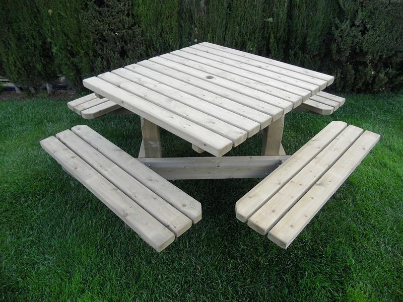 Mesa de picnic cuadrada
