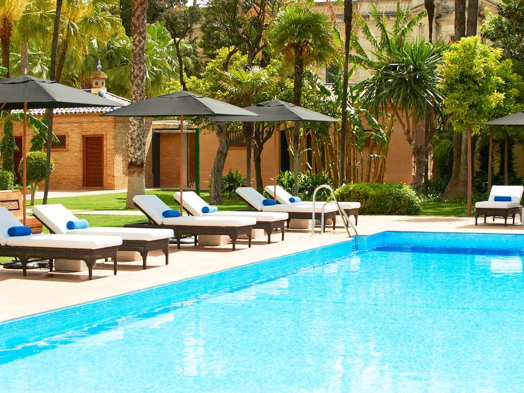 Piscina del Hotel Alfonso XIII en Sevilla