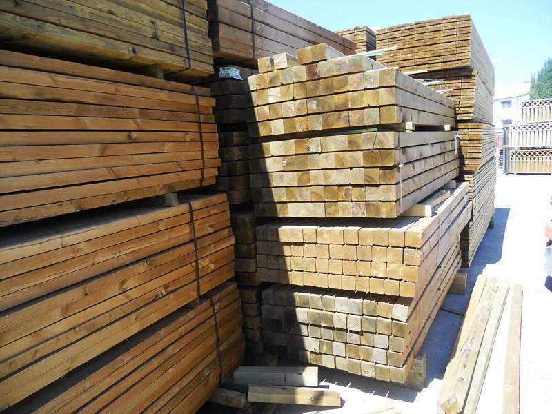 Vigas y pilares de madera