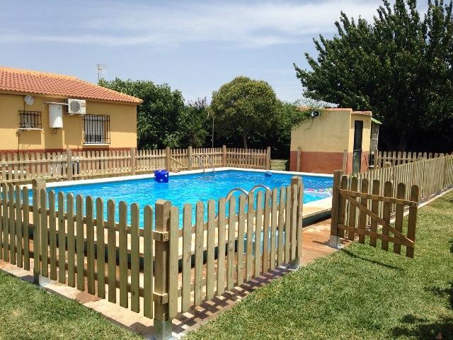 Vallas de dise o piscinas casa dise o for Vallas jardin ikea