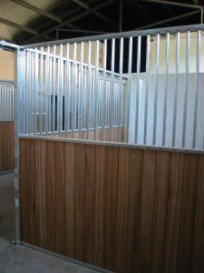 lateral madera reja