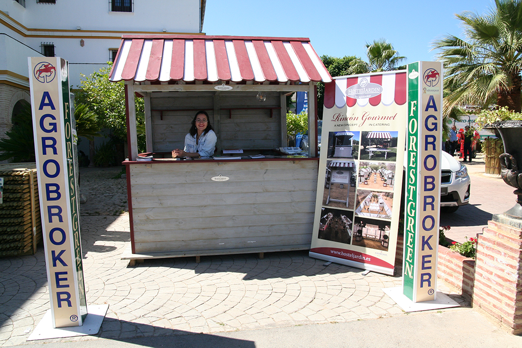 Quiosco del Rincón Gourmet empleado como puesto de información